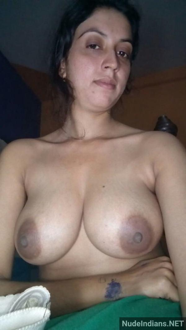 desi nude women big boob pics round tits photos xxx - 1