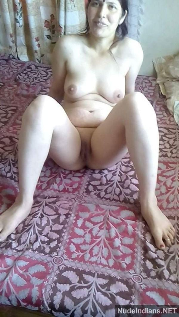 xxx indian aunty nude images tits ass pussy pics - 4
